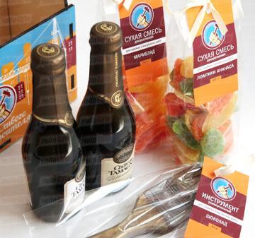 Подарки женщинам к профессиональным праздникам | Корпоративные подарочные наборы с алкоголем