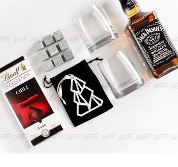 Подарки с логотипом на праздники кейс с алкоголем