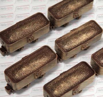 Подарки на день машиностроителя, корпоративные подарки с нанесением логотипа на упаковку|подарки железнодорожникам | полный цикл работ по созданию подарка: разработка дизайн-макета, создание индивидуальной 3D-модели вашего сувенира, изготовление индивидуальных форм и отливка шоколадных фигурок, производство подарочной упаковки