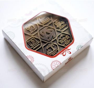 Производство корпоративных подарков из шоколада на профессиональные праздники