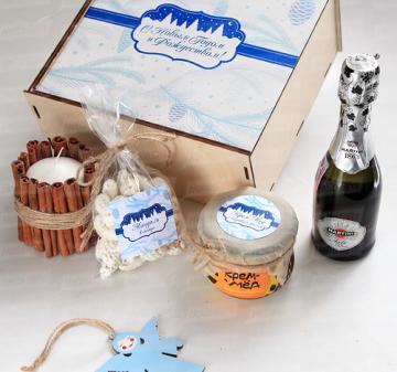 Новогодние подарки 2019 с  алкоголем. мёдом, чаем и сладостями к новому году
