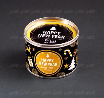 Корпоративные подарки и сувениры на Новый год Cвеча из 100% натурального пчелиного воска в металлической баночке. Размеры свечей: диаметр 10 см, высота 6 см; диаметр 8,5 см, высота 6,5 см. Оформление свечи в тематике праздника, брендирование бесплатно.