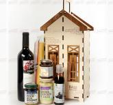 Корпоративные подарки контрагентам на Новый 2019 год | Продукт из Италии   с алкоголем в деревянном подарочном футляре  логотипом Вашей компании.