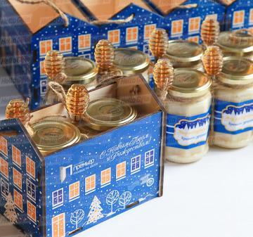 Подарки на Новый год с мёдом и чаем