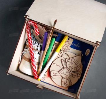 Посылка для подарков от Деда Мороза | Упаковка-посылка для корпоративных  детских подарков. Оформление в корпоративном стиле компании, брендирование бесплатно.