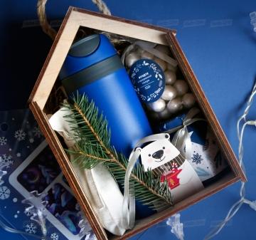 Полезные корпоративные подарки на Новый год